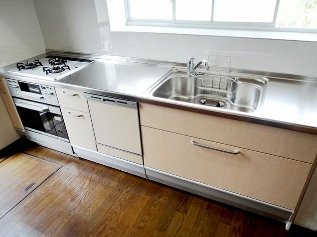 奥様のこだわり設備満載のキッチン