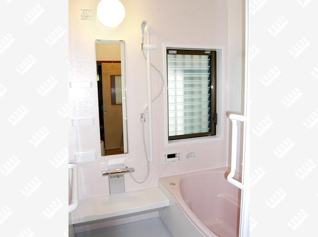浴室リフォームで身体にやさしい、快適・安全な暮らしを!