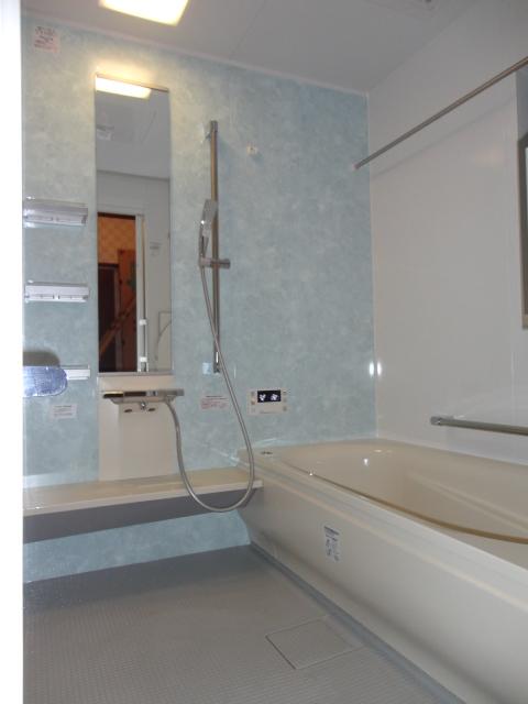 O様邸 浴室・洗面・トイレを安心のバリアフリーへ