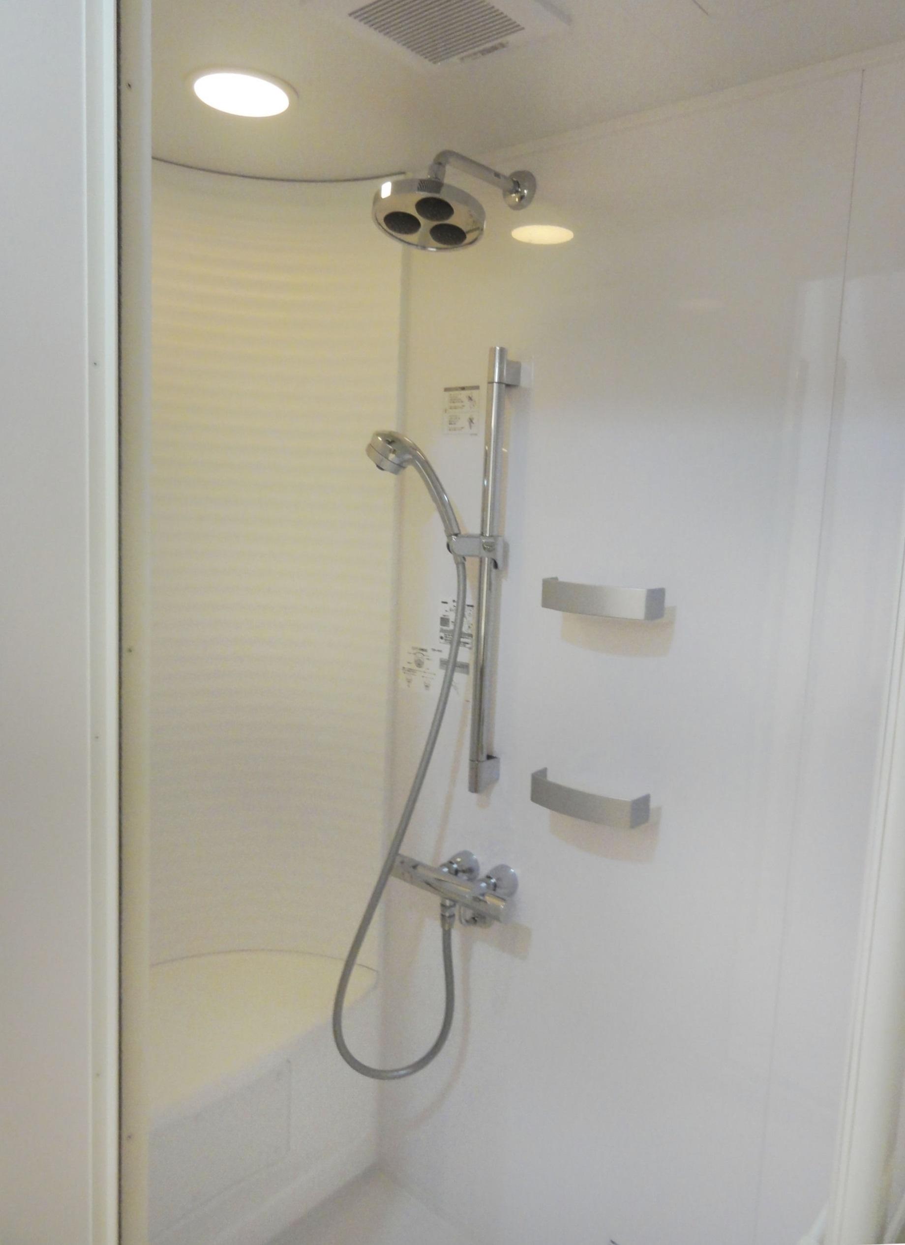 シャワールーム TOTO
